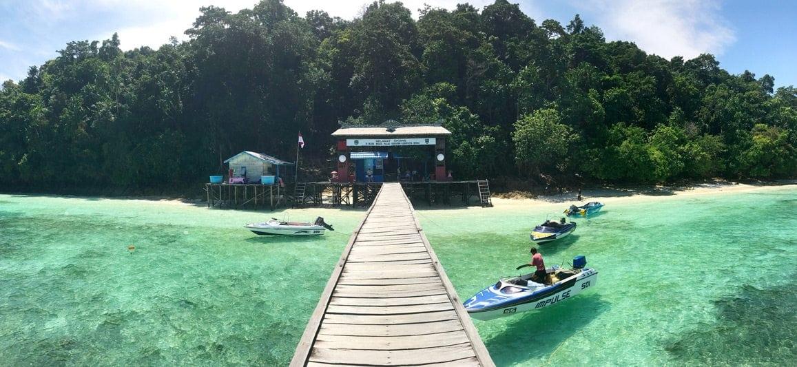 Pantai Pulau Kakaban, Kalimantan Timur