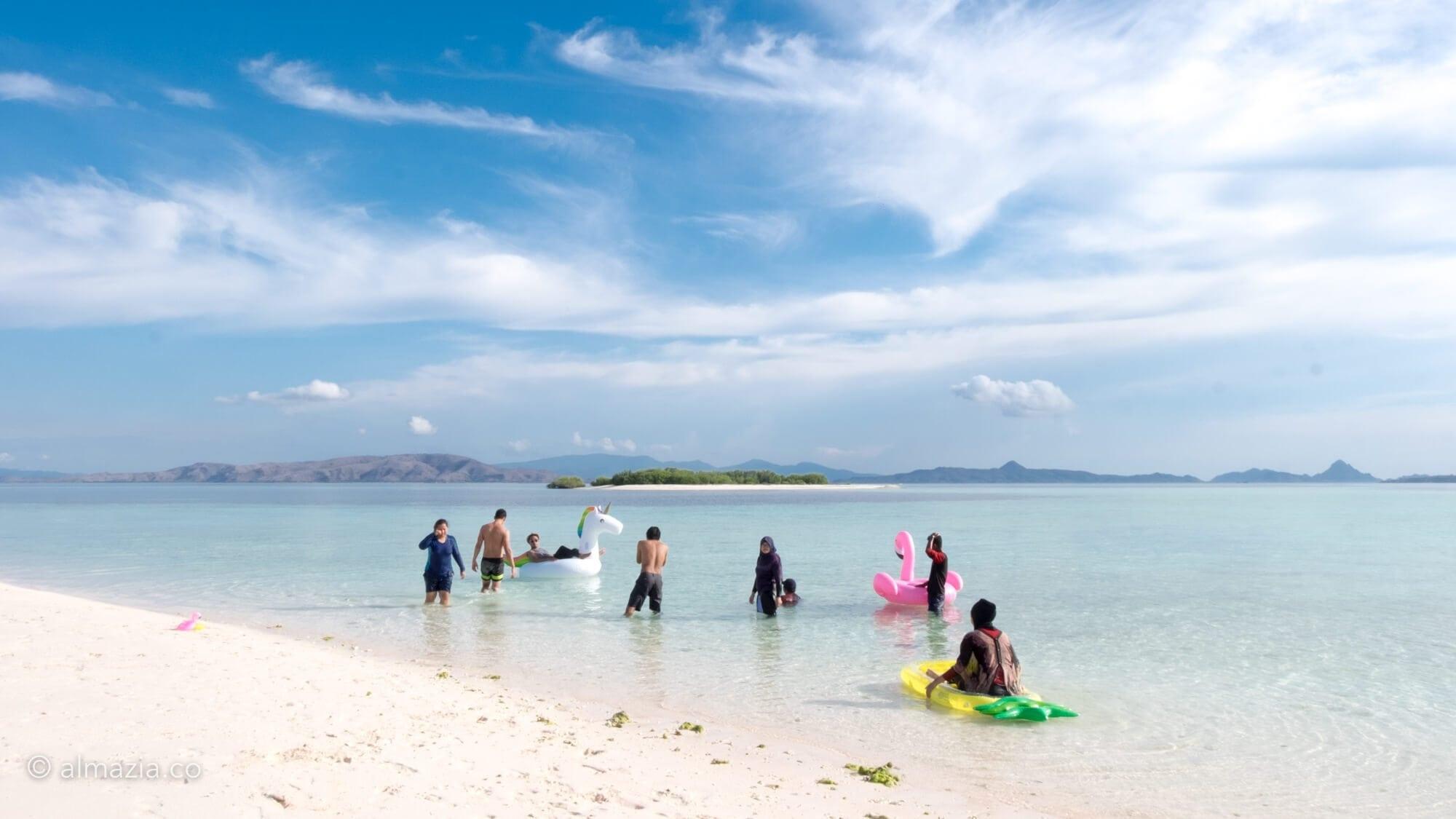 Liburan Labuan Bajo Trip Taka Makassar